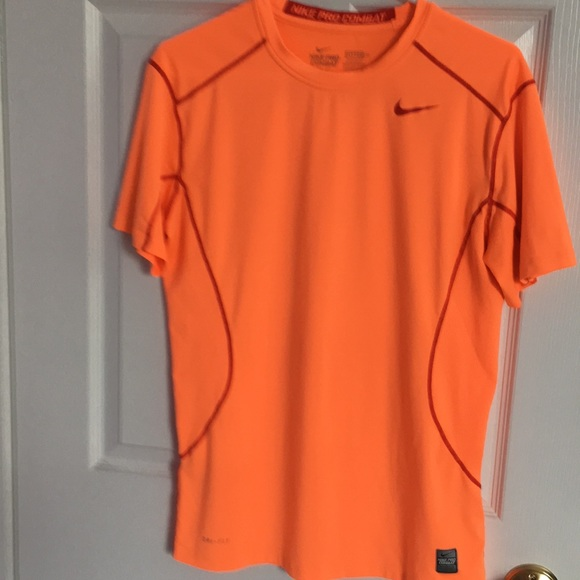 72c5683e Nike Shirts | Mens Pro Combat Drifit Fitted Shirt Size M | Poshmark